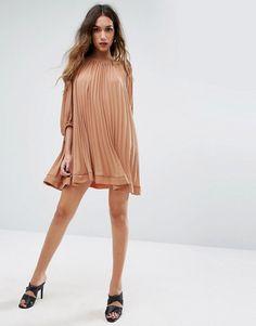 4b100577d3cb 34 Best Dresses images in 2019   Ballroom Dress, Dress long, Hot dress