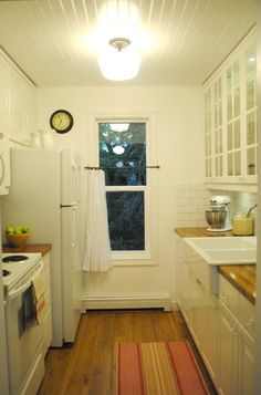 This homeowner gutted and remodeled their kitchen for under $5k, which is impressive. Even more impressive is how cute it turned out! I love the simple styling, farmhouse touches and ceiling. Nicely done.