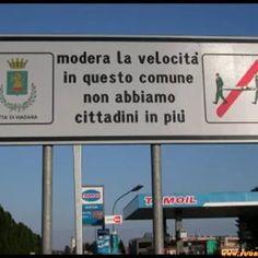 Italian Life, I Smile, Bellisima, Funny Memes, Emoticon, Comic, Anime, Image, Dresses