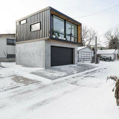 HO2 TINY SHIPPING CONTAINER HOME #FavoriteContainerHomes