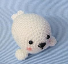 Seal Pup amigurumi crochet pattern, by Amy Gaines.  Etsy.
