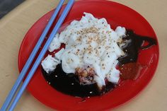 Chee Cheong Fun (Rice-Noodle Rolls) | 27 Malaysian Street Foods You Need To Eat In This Lifetime