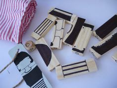 Puzzle Me A handmade travel wooden puzzle