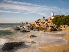 Brignogan - Pontusval - Beg Pol : 5 minutes d'arrêt... et puis Cléder à Croac'h Zu (10 photos) © Paul Kerrien http://toilapol.net Finistère Bretagne #phare #lighthouse