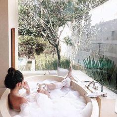 Imagem de luxury, bath, and nature