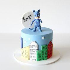 Cat boy  pj maks by The Family Cakes  #pjmaskscake #catboy #gatoboy #pjmasks #thefamilycakes