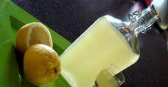 Μετά από πολλά πειράματα για το καλύτερο λικέρ λεμονιού κατέληξα στο limoncello του Παρλιάρου. Πραγματικά τέλειο, απίστευτη γεύση, λιγουλ...