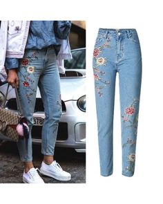 Jean Outfits, Fashion Outfits, Jeans Fashion, Fashion Ideas, Pretty Outfits, Cute Outfits, Diy Broderie, Flower Jeans, All Jeans