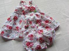 Baby girl dress 3-6 mos EUC Price: $3