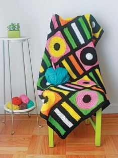Ravelry: Licorice Allsorts Afghan pattern by Twinkie Chan put your woolly crochet skills to good use this summer and make this kitsch blanket for your retro home interior Motifs Afghans, Afghan Crochet Patterns, Crochet Squares, Crochet Afghans, Crochet Blankets, Crochet Home, Love Crochet, Easy Crochet, Twinkie Chan