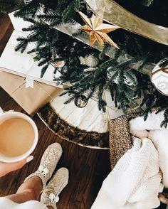 lindsay - IG: @lolindsay -- #winter #christmas #holidays