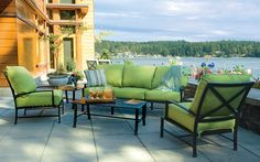When it comes to metal outdoor furniture, Aluminum is the best choice