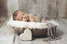 Afbeeldingsresultaat voor baby fotoshooting neugeborene ideeën
