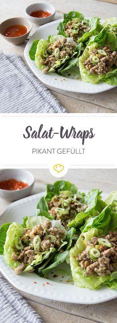 Low Carb und einfach lecker - statt in Weizentortillas wird die würzige Füllung in knackigen Salat eingerollt. Geht schnell und schmeckt immer.