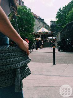 Bag t-shirts yard grey. Message me for a custom order. Chanel Boy Bag, Yard, Shoulder Bag, Grey, Shirts, Fashion, Crocheting, Gray, Moda