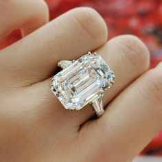 Diamond Ring from Harry Winston from circa 1953. Set with a 12.55 carats step-cut diamond and flanked by two tapered baguette diamonds. GIA report, numbered 6204649642, dated 20 March 2020, D colour, Internally Flawless clarity. Diamond type classification report, type IIa diamond. PlatinumSigned WINSTON for Harry Winston. Size 6½. Estimate: HK$6,800,000 - 8,800,000. #auction #jewelleryauction #jewelryauction #phillipsjewels #phillipsauction Harry Winston Engagement Rings, Antique Engagement Rings, Diamond Engagement Rings, Square Diamond Rings, Pink Wedding Rings, Vintage Rings, Vintage Jewellery, Fashion Rings, Diamond Cuts