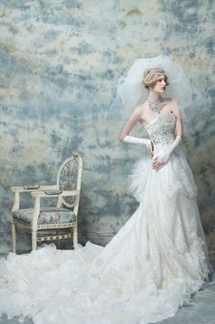 Fashion Wedding Dress for Plus-Size — Sleeves http://goobos353.blogspot.com/2012/07/fashion-wedding-dress-for-plus-size.html