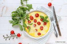 Deze frittata caprese is afgeleid van de salade Caprese, met mozzarella, tomaat en basilicum. Maar dan in een omelet, nog wat rucola erbij, lunchtime!