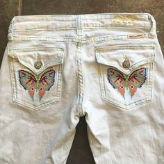 """MISS ME White Jeans Unique pockets Sz28 Inseam 33"""" Gorgeous...MISS ME White Jeans Unique pockets Sz28 Inseam 33"""" Miss Me Jeans Boot Cut"""