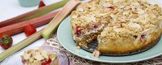 rhabarberkuchen mit streusel | Rezepte zum Kochen, Backen, Grillen | Foodtempel Sprinkles Recipe, Strawberries, Crickets, Cooking, Simple, Recipies