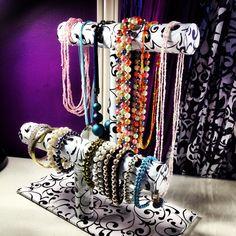 DIY: Bracelet & Necklace Stand!, via YouTube.