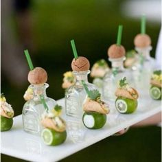 Round Up of our favorite late night snacks, desserts and passed hors d'Oeuvres, This fits my style!!
