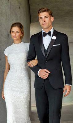 White Wedding Suits For Men, White Tuxedo Wedding, All Black Tuxedo, Slim Fit Tuxedo, White Pants Men, Tuxedo Styles, Black Tie Dress Code, Groom Tuxedo, Tuxedo Pants