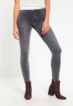 Levi's® 710 INNOVATION SUPER SKINNY - Jeans Skinny Fit - status quo für 109,95 € (26.04.17) versandkostenfrei bei Zalando bestellen.
