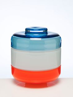 Cathrine Maske presents Tokyo Box Collection, a series of beautiful glass containers in different color combinations. 3d Models, Glass Containers, Bento Box, Decorative Objects, Industrial Design, Inventions, Home Accessories, Glass Art, Cool Designs