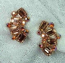 I love vintage costume jewelry!  These Weiss earrings are neutral (but bling-y).