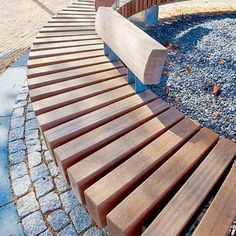Rough & ready circle bench from streetlife.nl Click image for details and visit the slowottawa.ca boards >> http://www.pinterest.com/slowottawa/