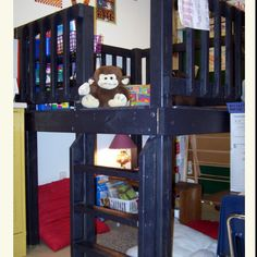 Mini tree house as a reading corner in a classroom?!? Yes, plz! All the kids will wanna be in Mrs. Roland's class :D