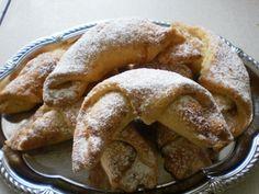 Ořechové rohlíčky - Recepty na každý den