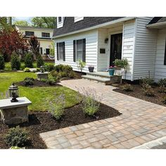Walk up to your door in style with a Cambridge Walkway.  Installation: Design And Build Landscape