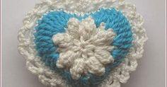 Diese niedlichen Herzchen habe ich gestern nach Anleitungen von Linda  gehäkelt:   These cute little hearts I crocheted yesterday accordin...