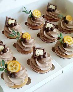 24 Totally Unique Wedding Cupcake Ideas ❤ unique wedding cupcake ides with chocolate lemons green branch imfalji #weddingforward #wedding #bride