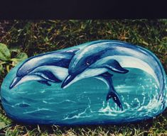 . Dolphin Painting, Turtle Painting, Pebble Painting, Pebble Art, Stone Painting, Stone Crafts, Rock Crafts, Whale Art, Delphine