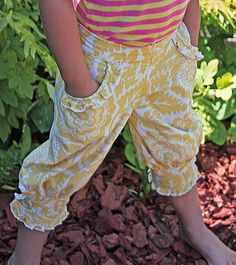 How cute is this new pants pattern?     Retro Knickers PDF Pattern sizes 12 mo  10 by LilyBeanBowtique, $9.95