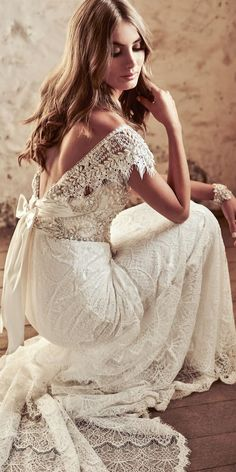 Amazing Anna Campbell 2018 Wedding Dresses ❤️ lace low back hand beaded ivory pearl toned sparkling embellishment anna campbell 2018 wedding dresses ruby ❤️ See more: http://www.weddingforward.com/anna-campbell-2018-wedding-dresses/ #weddingforward #wedding #bride #weddingdresses #bridalgown