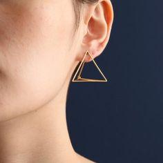 Jewelry Earrings Shihara Triangle Earrings - Geometric Pyramid earring with hinge closure Triangle Earrings, Square Earrings, Women's Earrings, Diamond Earrings, Unique Earrings, Diamond Studs, Sterling Silver Jewelry, Gold Jewelry, Women Jewelry