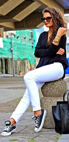 How To Wear White Converse, Black Converse Outfits, How To Wear White Jeans, Casual Outfits, Cute Outfits, Fashion Outfits, Converse Shoes, Jeans Fashion, Converse Fashion