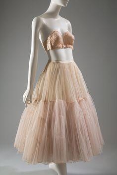 Poirette overwire bra / Nylon lace, stretch satin, 1949, USA | Christian Dior petticoat / Nylon net, horsehair net, silk taffeta, 1951, France