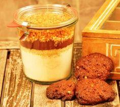 Eine Backmischung im Glas für weihnachtliche Lebkuchen Cookies mit Kakao, Lebkuchengewürz und Nüssen sind die Cookies einfach köstlich.