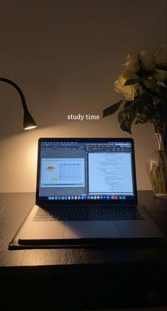 Study Pictures, Study Organization, La Formation, School Study Tips, Work Motivation, Study Space, Study Hard, Instagram Story Ideas, Study Notes