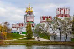 Novodevichy convent by anisimovis