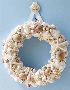 @Angela Bifano --- ADD THIS to your wreath board!!! -- and if you ever feel like making one for someone... I'd be a willing recipiant!!! ;)