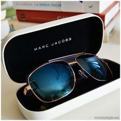 Gafas para hombre con cristales espejados by Marc Jacobs. Más detalles en landoigelo.com
