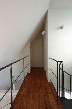 設計工房/Arch-Planning Atelier/ビルトインガレージを持つ木造3階建て住宅