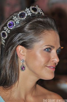 Royal Tiaras: Princess Madeleine of Sweden wears the Napoleonic Amethyst Parure Tiara Crown Royal, Royal Crowns, Royal Tiaras, Tiaras And Crowns, Princesa Victoria, Estilo Real, Royal Jewelry, Jewellery, Swedish Royals