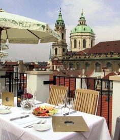 Aria rooftop terrace - picture from an article 20 Memorable Hotels in 2012 on www.everettpotter...